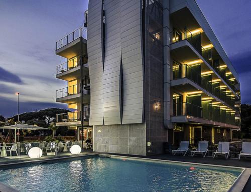 A four-star hotel on Viareggio promenade